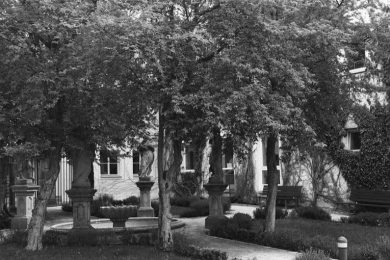 Garten in Schwarz und Weiss